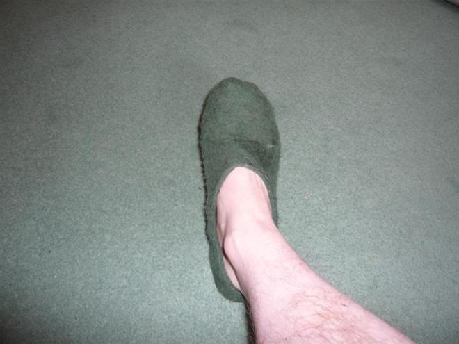 felt-shoe-10-medium