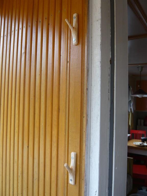 coat hooks on wall (Large)