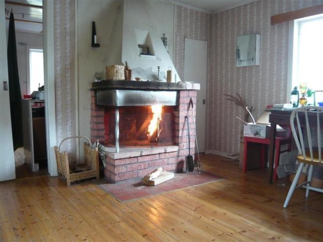 fire in  cabin (Medium)