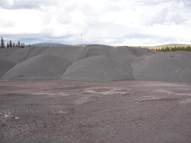 piles of ore (Medium)