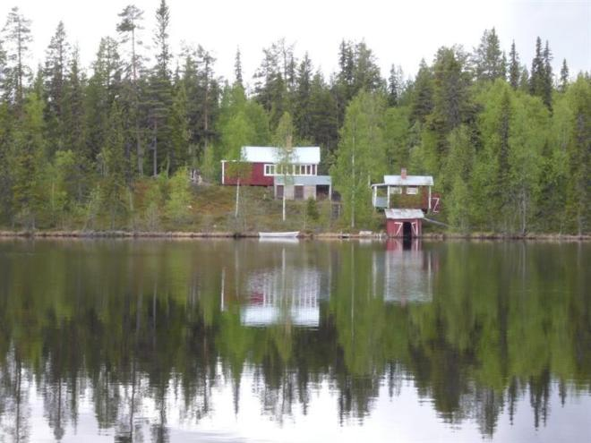 cabin across lake (Medium)