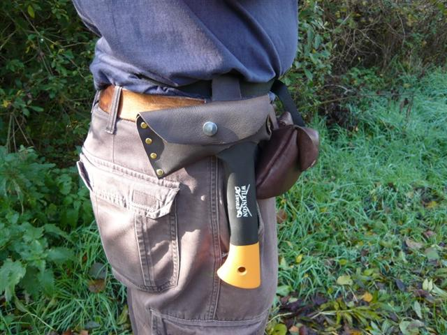 kevin warrington leather belt sheath (Small)