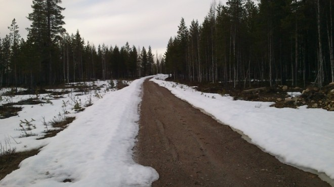 track to cabin