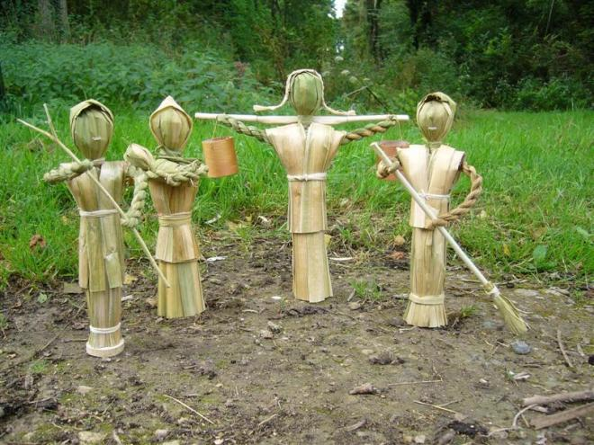 Cattail Dolls (Medium)
