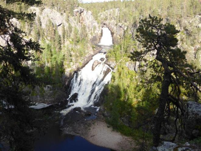 muddus waterfall (Medium)