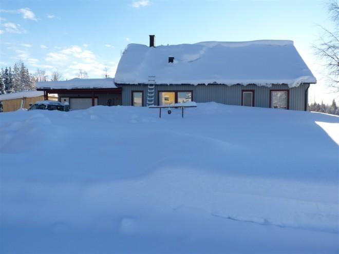 house-winter-lapland