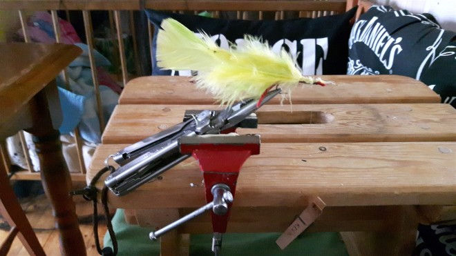 leatherman fly tying vice-2