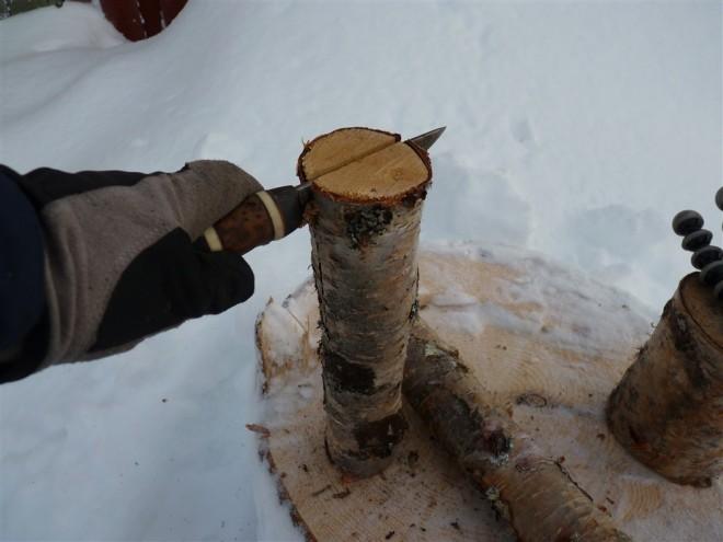splitting-log-with-knife-1