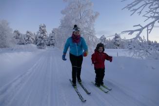emma and kelly skiing