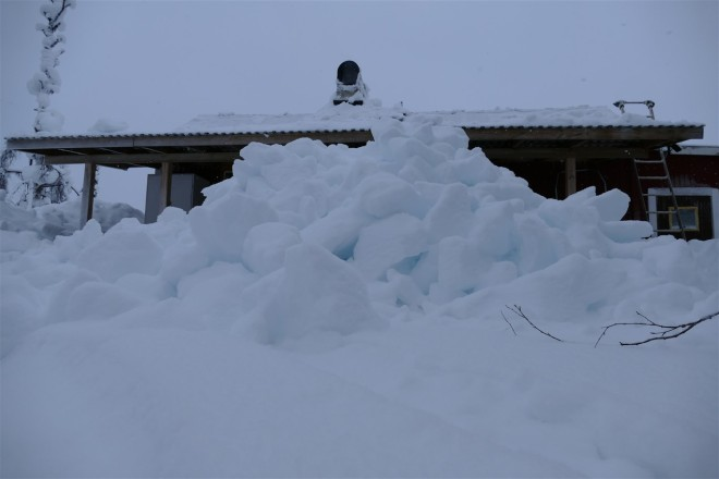 snow from roof