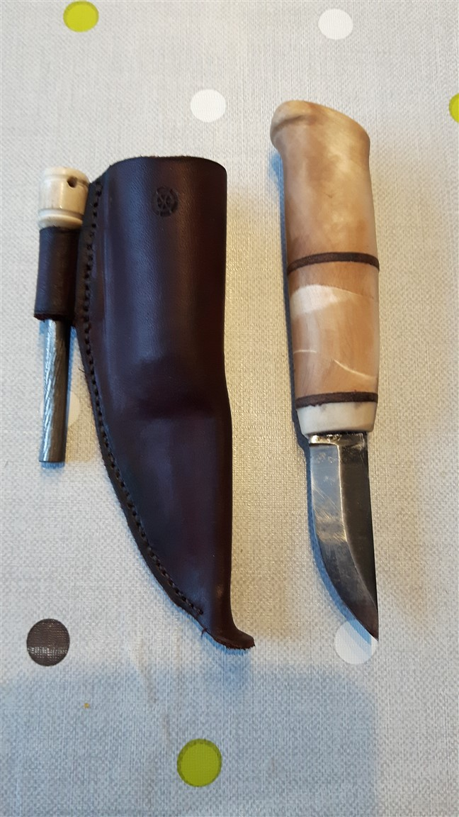 simple knife and sheath