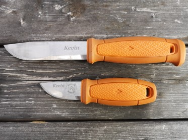 name-on-knives