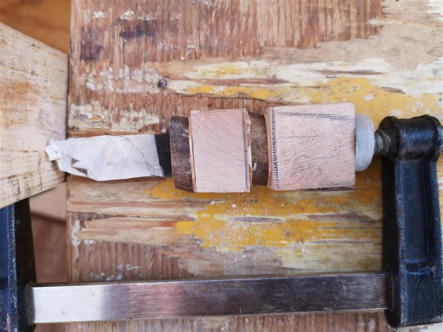 glueing knife
