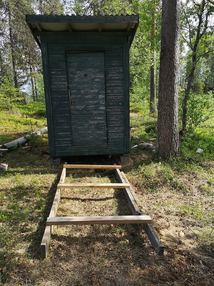 sled to move toilet